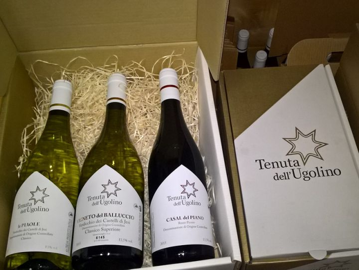 Choose the new gift boxes of Tenuta dell'Ugolino